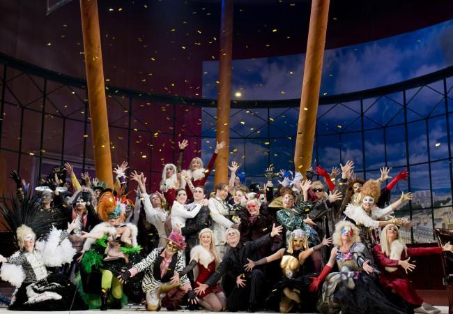 Die Oper und der Geist des Karnevals